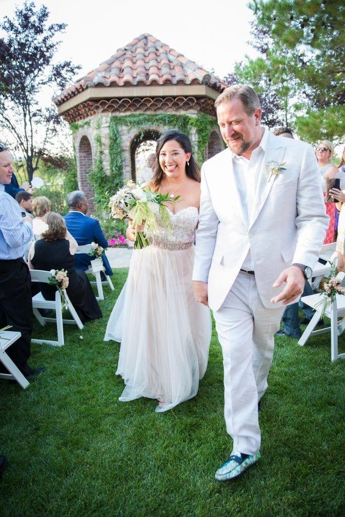 amazing-backyard-wedding-in-las-vegas_017