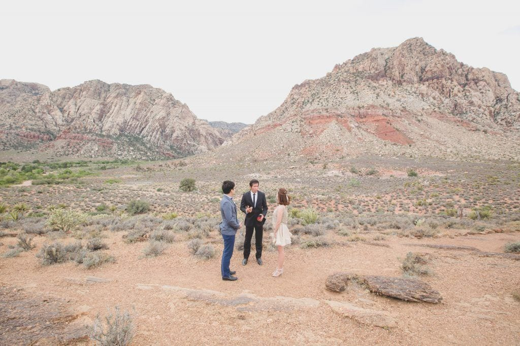 red-rock-canyon-small-wedding_025