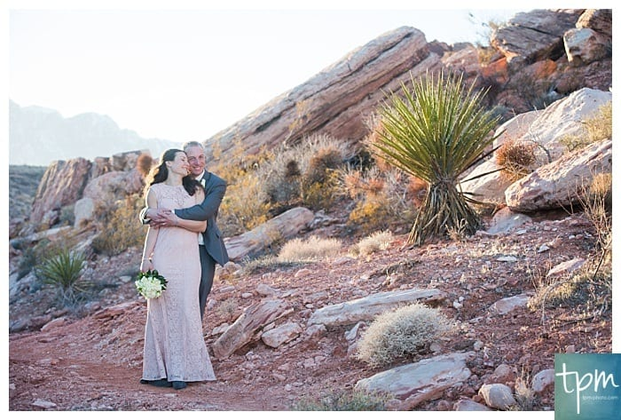 Las Vegas Photographers &  A Rock Climber Red Rock Canyon Wedding