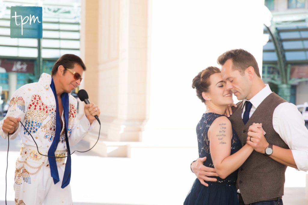 Las Vegas Wedding Photographers, Elvis Wedding on the Strip