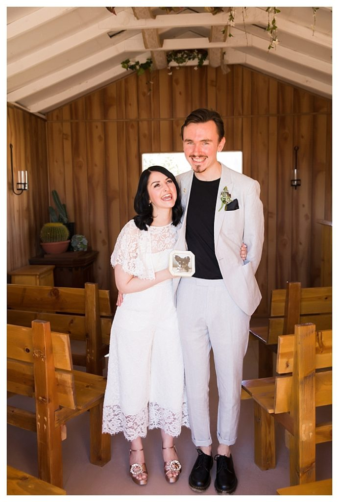 las vegas photographer, cactus joe's las vegas, off beaten path weddings, offbeat bride
