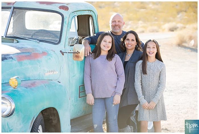 professional photographers las vegas, Nelson's Landing photo shoot, family photos in las vegas